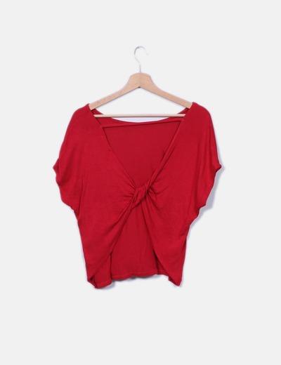 Camiseta roja nudo espalda