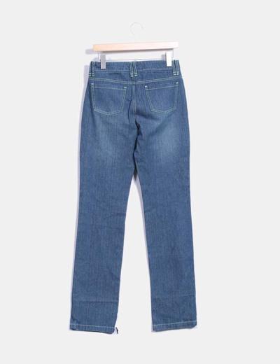 Jeans denim costuras verdes