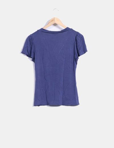Camiseta azul licra cuello pico