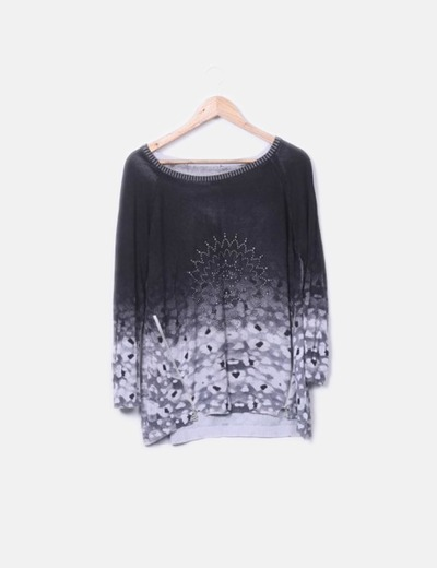 Jersey tricot gris con tachas