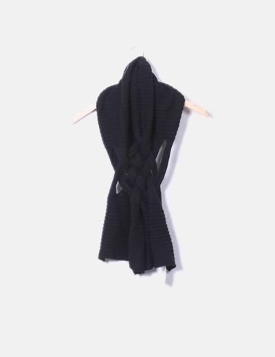 Bufanda de punto negra combinada