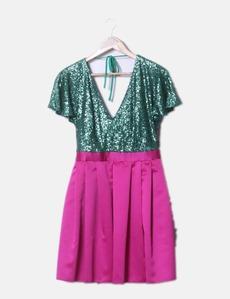 50b80bb3c3 Vestido rosa y verde con lentejuelas Veneno en la Piel