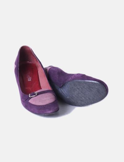 Zapato bicolor antelina con hebilla