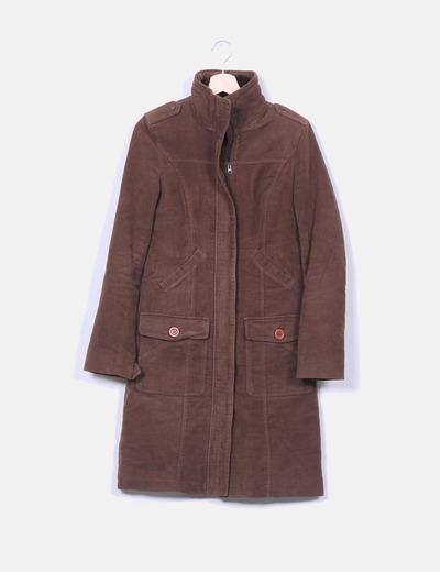 Abrigo largo marrón forro con pelo Pull & Bear