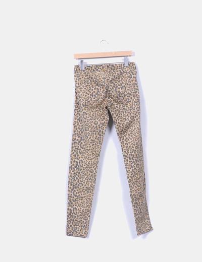 Pantalon animal print pitillo