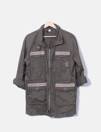 Jaqueta militar verde étnica H&M