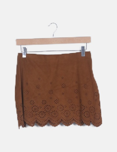Falda antelina marrón troquelada