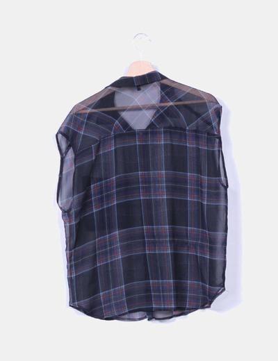 Blusa de cuadros semitrasnparente