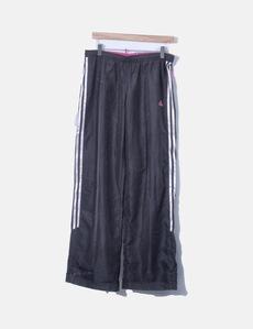 2d3b65c135 Compre Adidas outlet online para mulher
