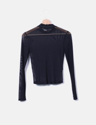 Camiseta negra de malla semitransparente