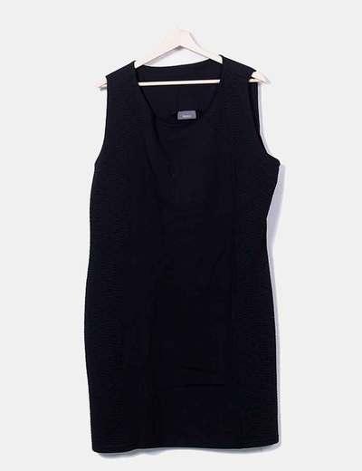 Vestido negro sin mangas C&A