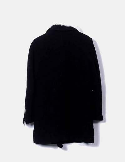 Abrigo de pano con cuello de borrego