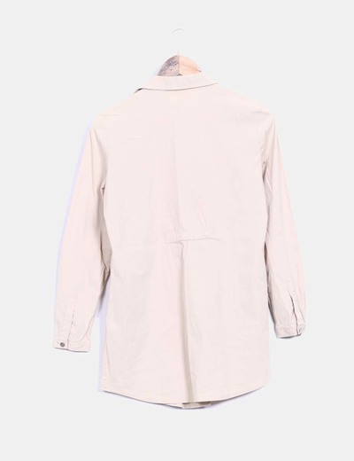 Blusa beige detalle fruncido