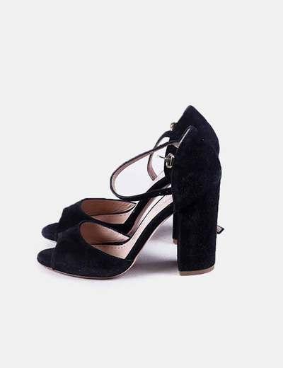 Sandalia de tacón negra con pulsera Marc Ellis
