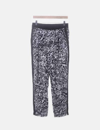 Pantalón baggy blanco y negro