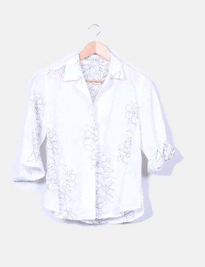 Camisa blanca detalle bordado floral Merletti