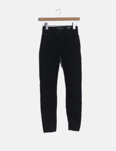 Pantalón pitillo denim negro