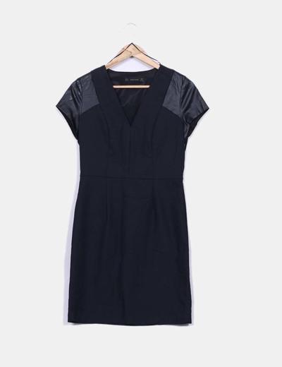Robe noire avec lanières de cuir Zara