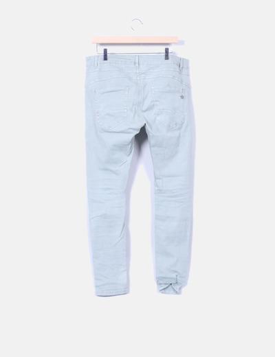 Pantalon pitillo detalle bolsillos