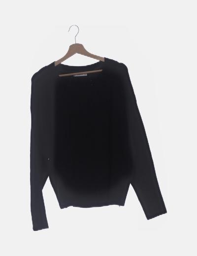 Jersey de punto negro cuello redondo