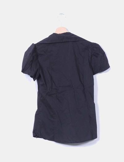 Blusa negra manga corta con strass