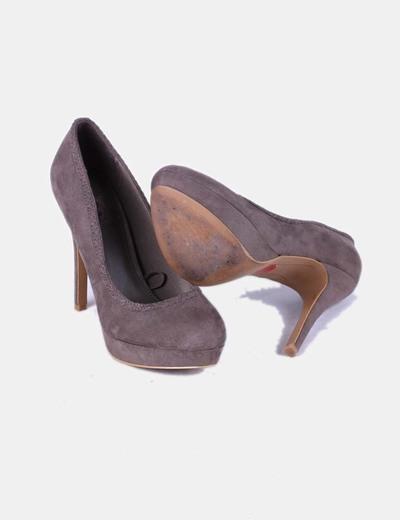 Zapatos taupe antelina