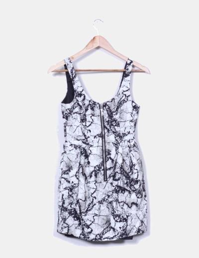 Vestido estampado blanco y negro
