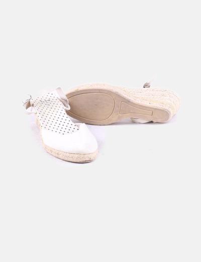 adf2c41a9c2 La Halle Sapatos bege com cunha (desconto de 78%) - Micolet