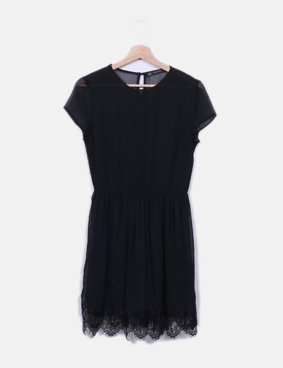 Vestido de gasa negro con encaje