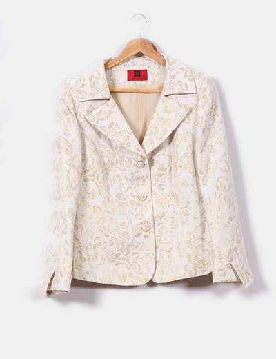 Conjunto de blazer con pantalón floral en tonos dorado Catalina Gonzalez