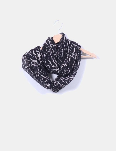 Cuello animal print H&M