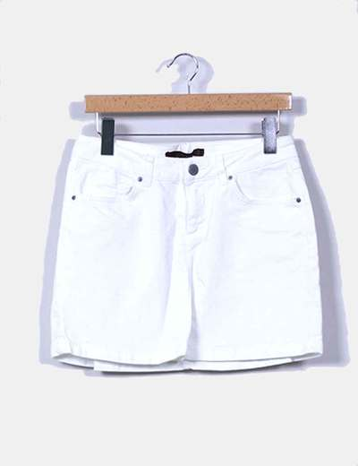 Mini falda blanca Zara