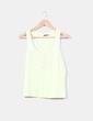 Camiseta amarilla botones Zara
