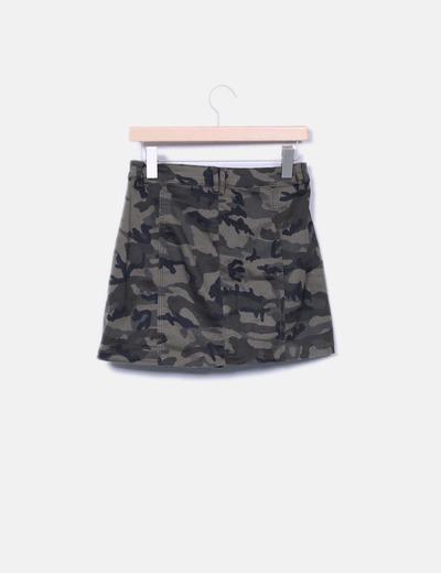 Minifalda botones con estampado militar