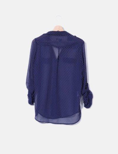 Camisa semitransparente con topos