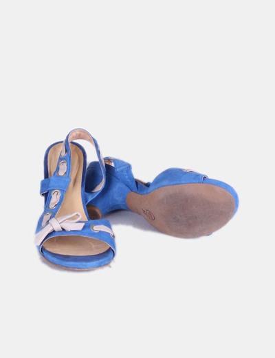 Sandalias azules lazo beige
