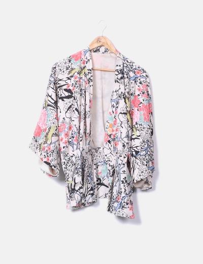 Kimono beige japonés estampado