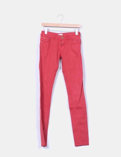 Jeans denim rojos pitillo Pull&Bear