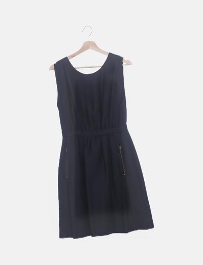 Vestido negro espalda escotada