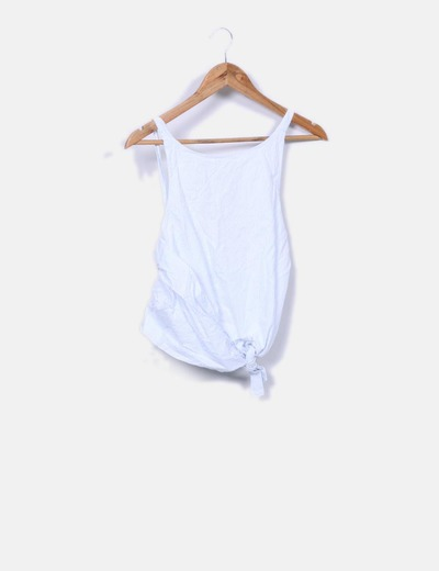 Top de rayas azules y blancas detalles Zara