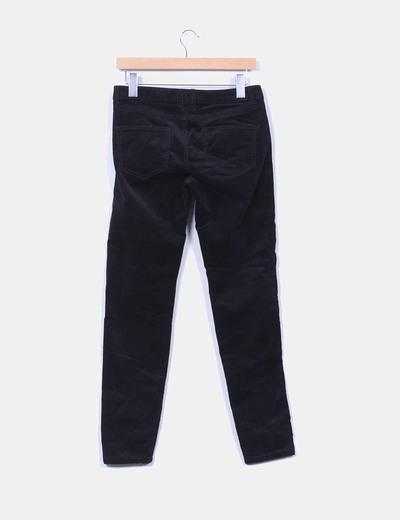 Pantalon negro de pana