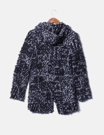 Abrigo tricot bicolor con capucha