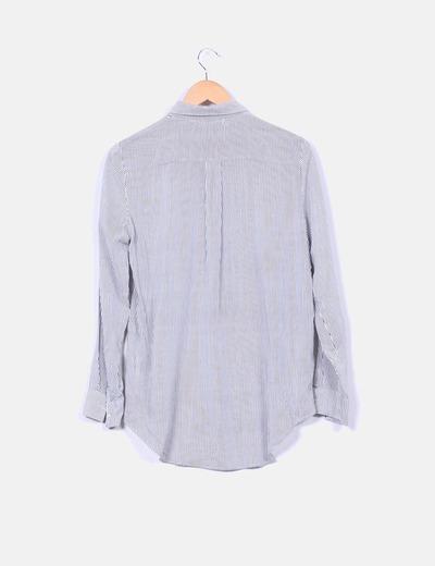 Camisa de rayas negras