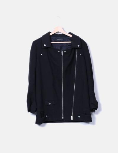 Abrigo negro doble cremallera Zara