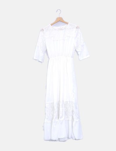 Maxi vestido blanco con encaje
