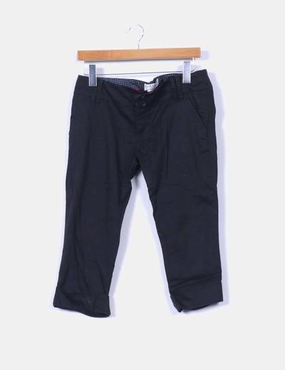 4008e449ee2 Bershka Pantalón chino negro (descuento 96%) - Micolet