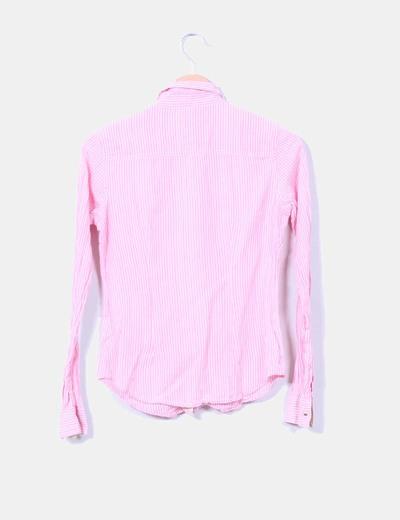 Camisa rosa con rayas