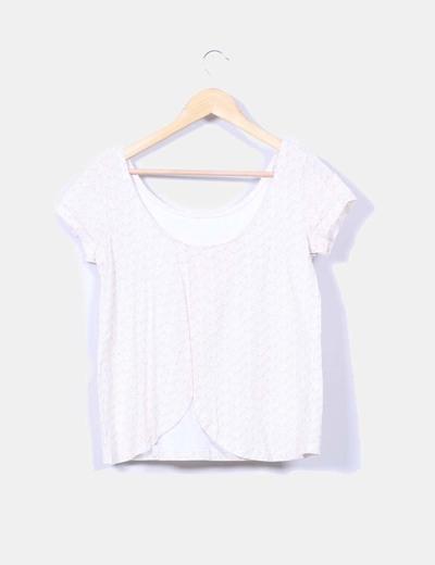 Camiseta beige estampada escote espalda