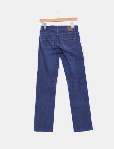 Pantalon demin oscuro corte recto