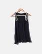 Camiseta negra con abalorios de madera Primark